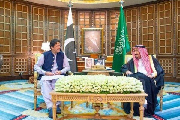 ملک سلمان و عمران خان درباره مسائل منطقه مصاحبه کردند