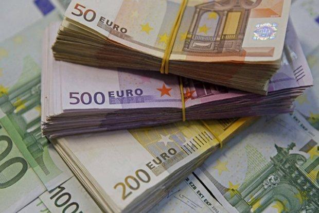 دلار به 4319 تومان رسید، یورو و پوند ثابت ماند