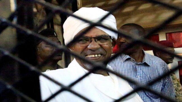 درخواست دادگاه کیفری بین المللی از حکومت سودان برای محاکمه البشیر