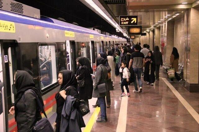 چگونه در تاکسی و مترو مبتلا به کرونا نشویم؟