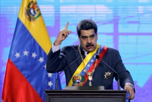 خبرنگاران ونزوئلا: سیاست فیس بوک پیروی از تحریم آمریکا علیه کاراکاس است